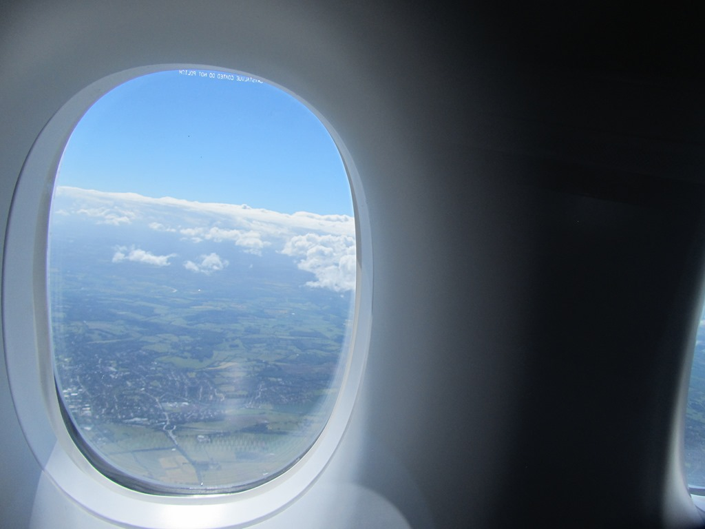 An Aircraft Window Hole Is In Fact A Happy Hole Happy Ho